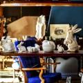 Shinsuke-Kawahara-Whimsical-Paris-Apartment-photo-Matthieu-Salvaing-yatzer-10.jpg